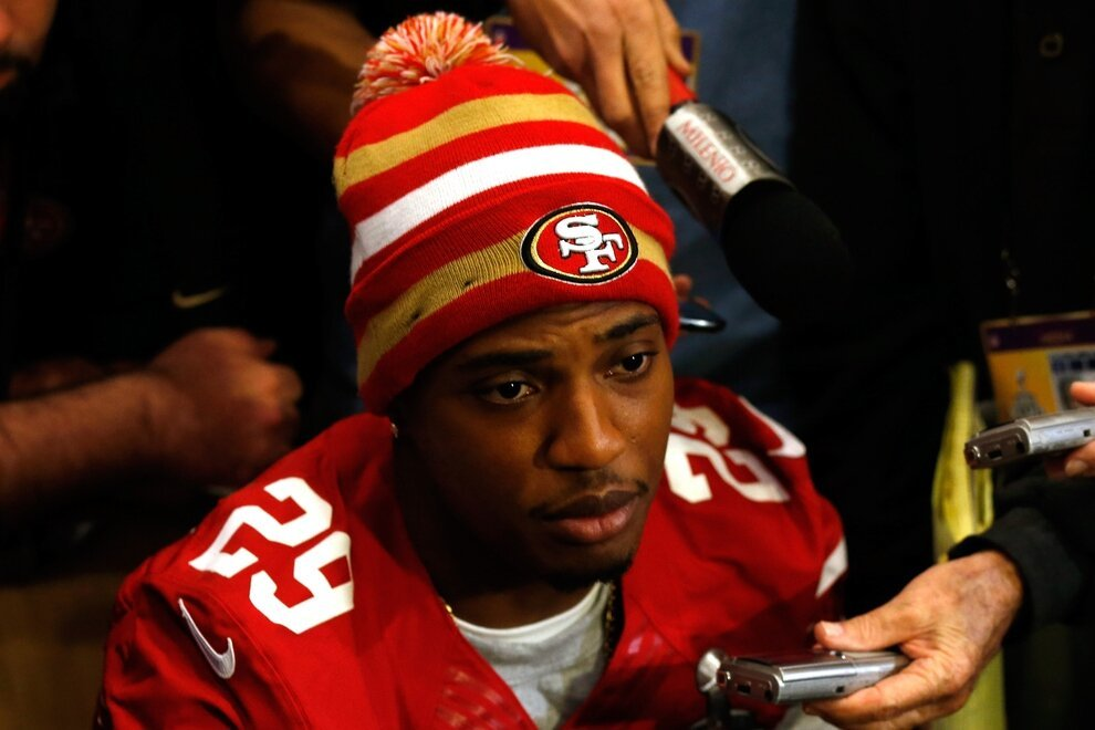 """Something Amazing Happens When You Google """"Gay NFL Player"""""""