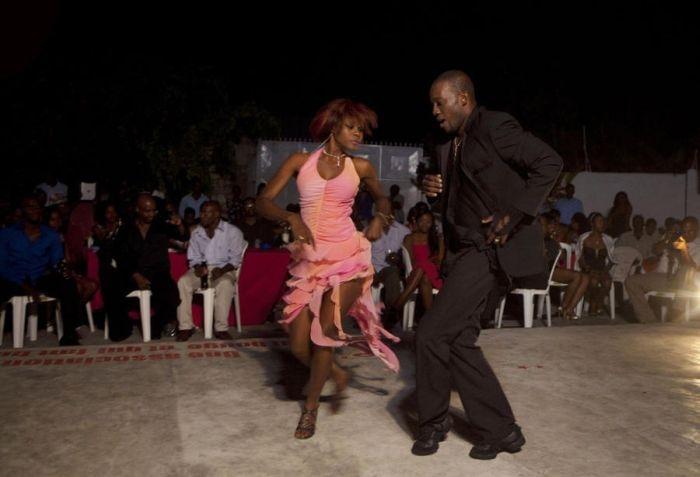 Haitian amputee makes comeback on dance floor