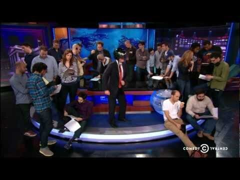 'The Daily Show' and 'Jimmy Fallon' Try Their Hand at the Harlem Shake
