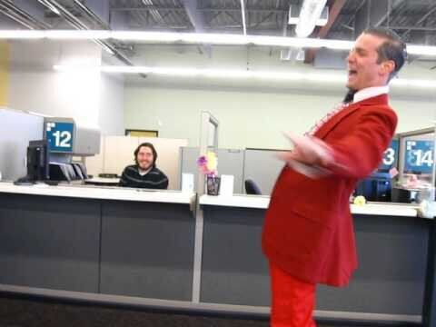 Awesome Singer 'Phil Harmonic' Serenades Local DMV
