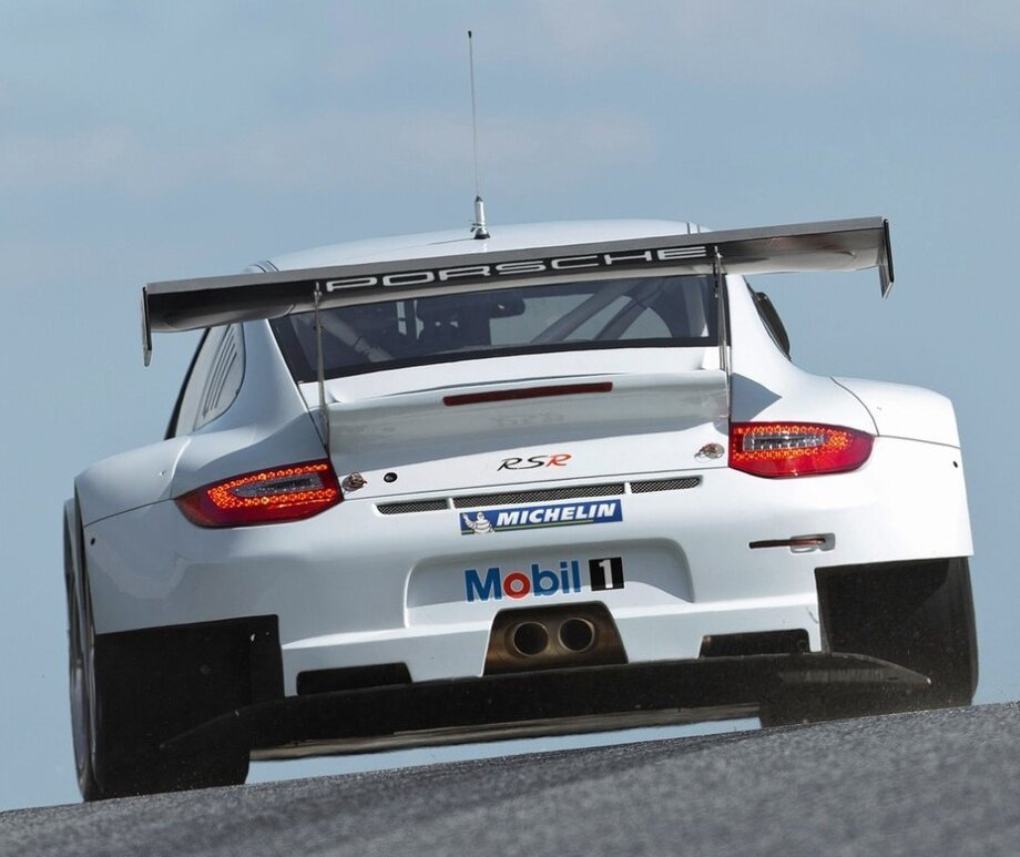 Check Out The Porsche 911 (997) GT3 RSR