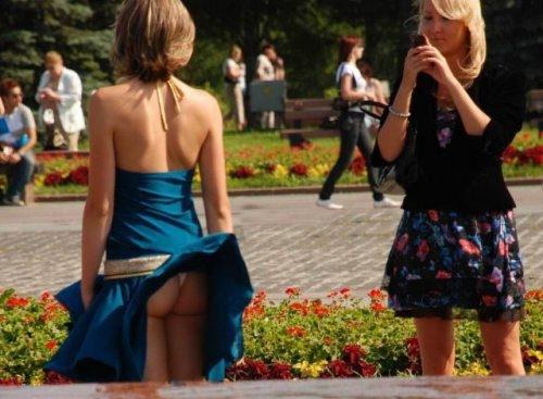 Wind + Girls in Skirts = Magic