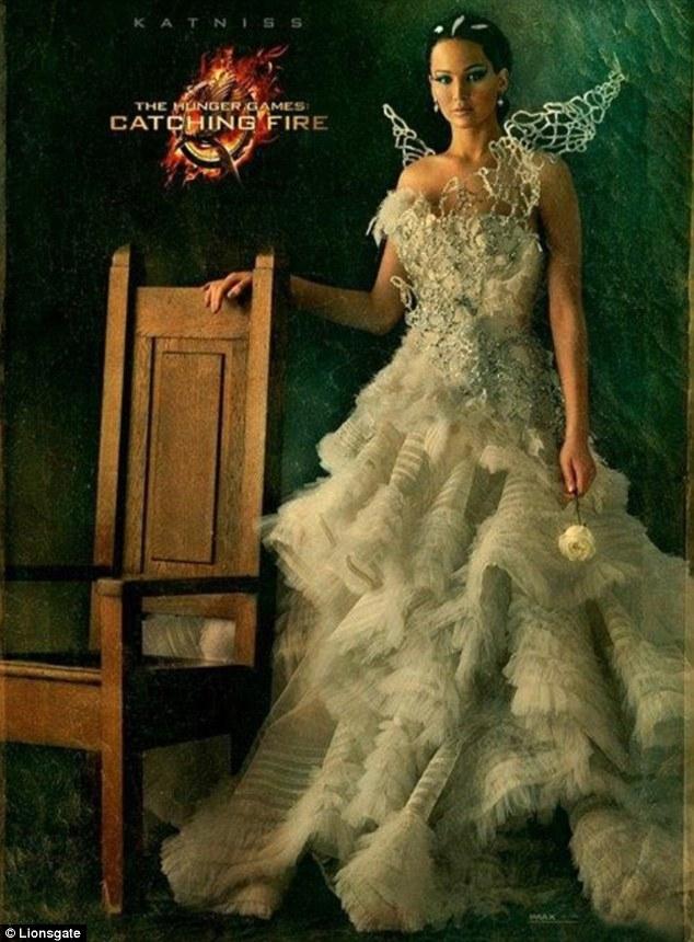 Jennifer Lawrence in Ruffled White Dress