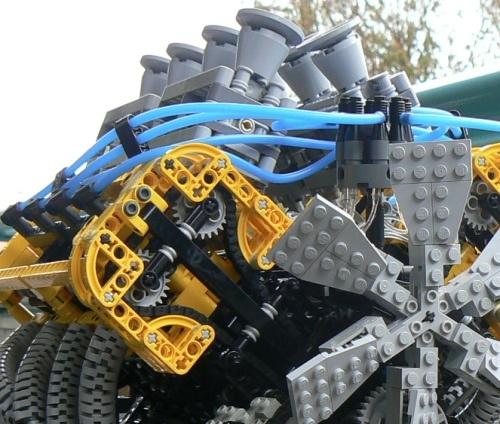 Cool DIY V8 Lego Engine