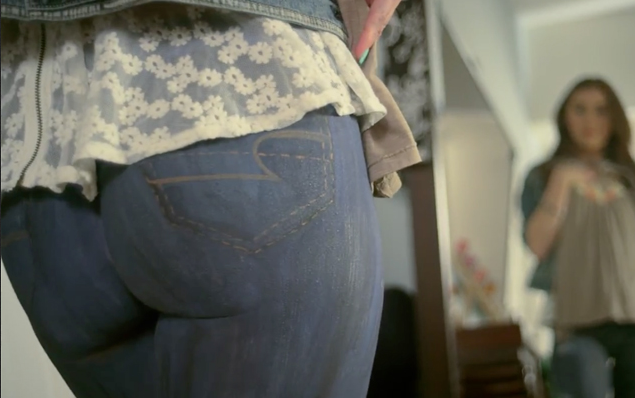 American Eagle's Spray On Skinny Jeans: Joke or Real?