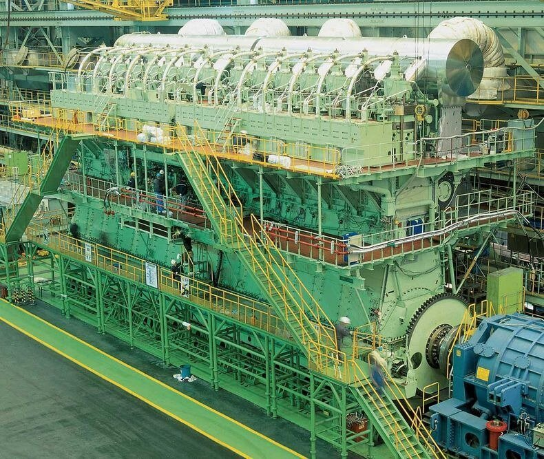 Largest And Most Powerful Diesel Engine in The World