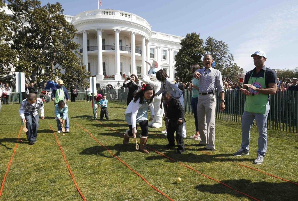 Photos Of The Obama's And The White House Easter Day Celebration