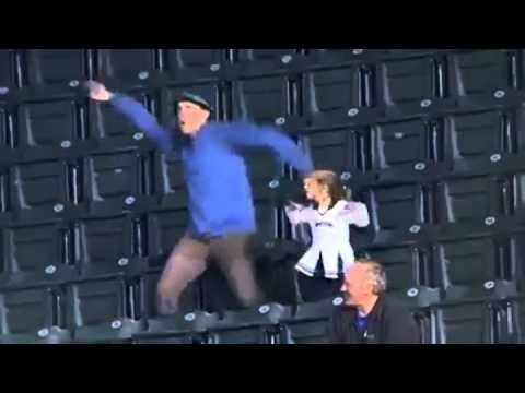 Hilarious Dad Dances During Seattle Mariners Game, Plus Other Dancing Fans