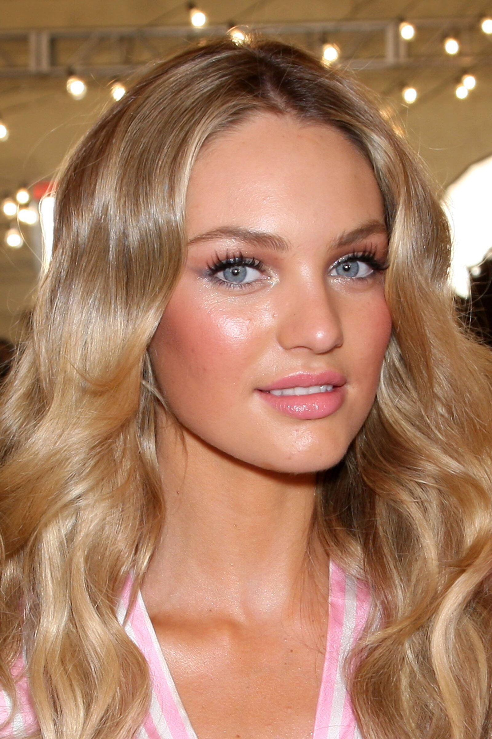 Ever wonder what Victoria's Secret Models look like without make-up?