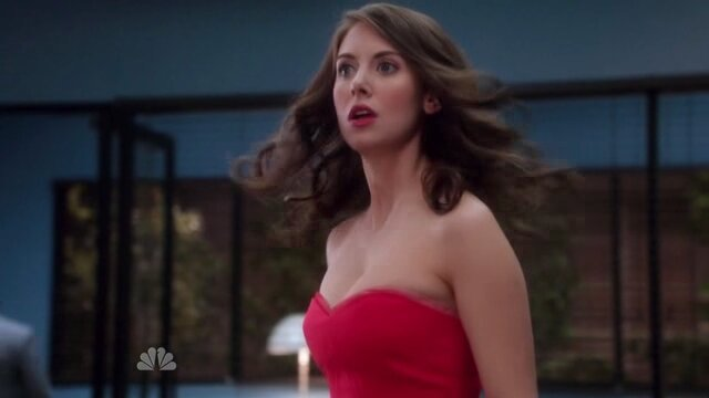 Recap! 'Community' Season 4 Finale, 'The Office' GIFs