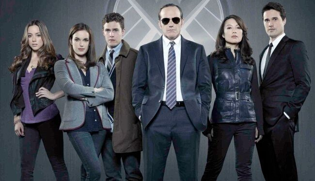 TV Network Pilot Season GIF Guide