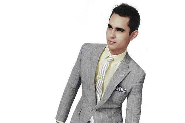 'The Internship' Star Max Minghella Suits Up For GQ! Yummy!