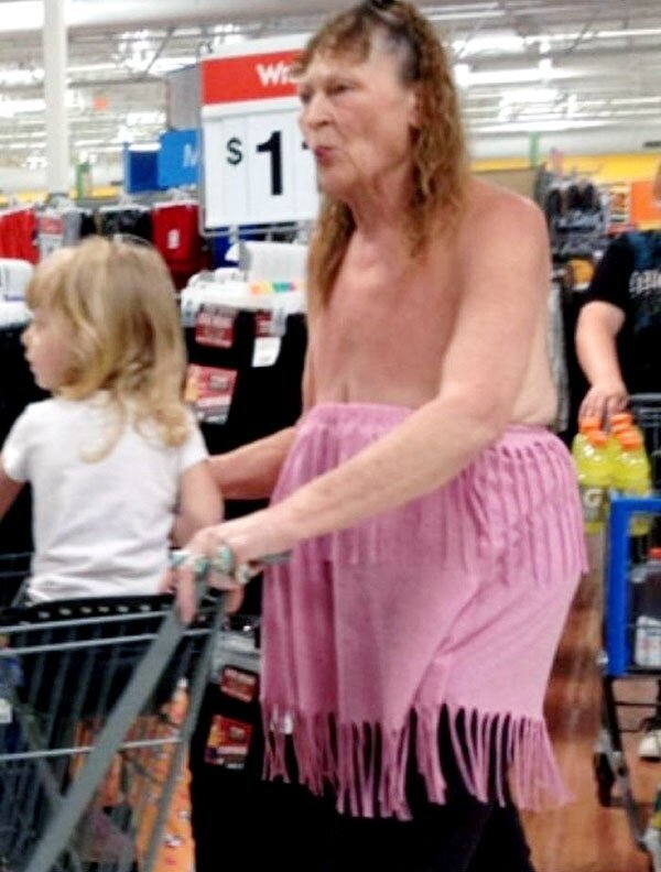 17 Individuals With Outrageously Awful Fashion Sense