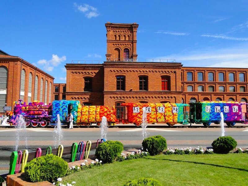 Crocheting a Locomotive in Lodz, Poland
