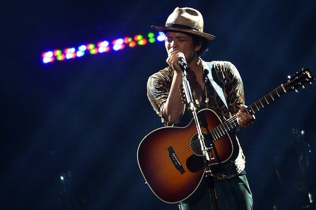 Bruno Mars to Perform at the Super Bowl XLVIII Halftime Show