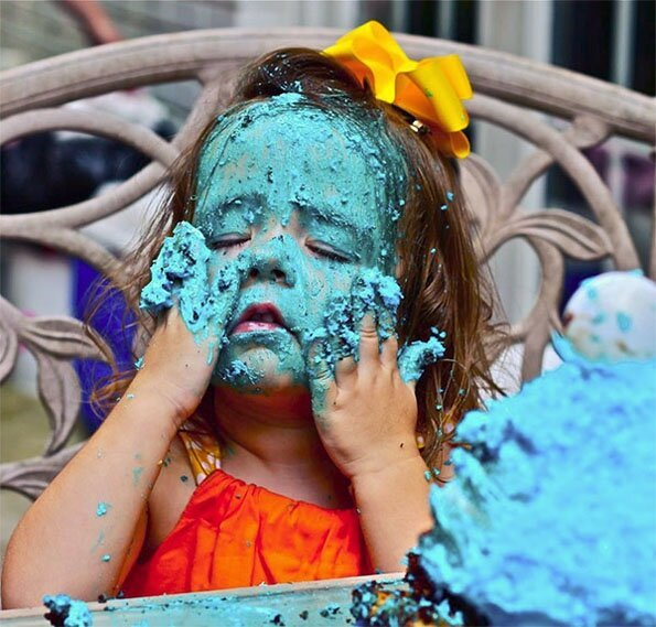 Little Girl Goes HAM On Cookie Monster Cake