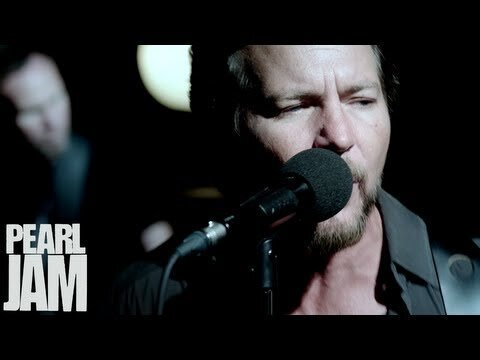 Pearl Jam Unveil Performance-Based 'Sirens' Video