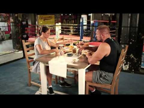 Triple H Buries Stephanie McMahon At Breakfast
