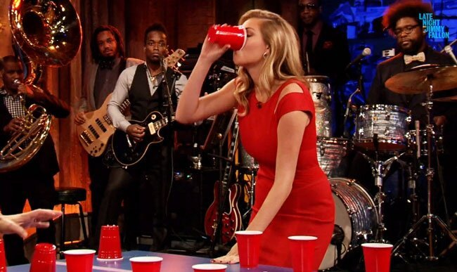 Watch Supermodel Kate Upton Own Jimmy Fallon At Flip Cup