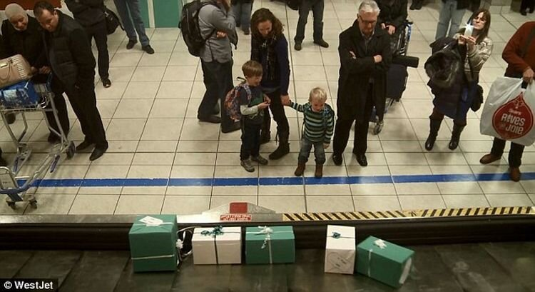 It's a Christmas miracle! Airline makes people`s wishes come true!