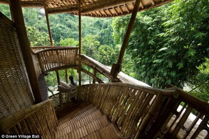 Five-star hotel made of bamboo on Bali