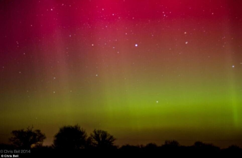 The Norfolk lights! Skies over East Anglia turn red and green by stunn