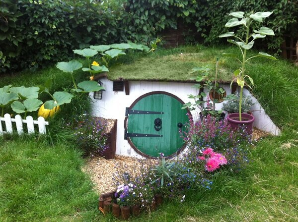 See that tiny hobbit-like entrance?Wait till you go inside...