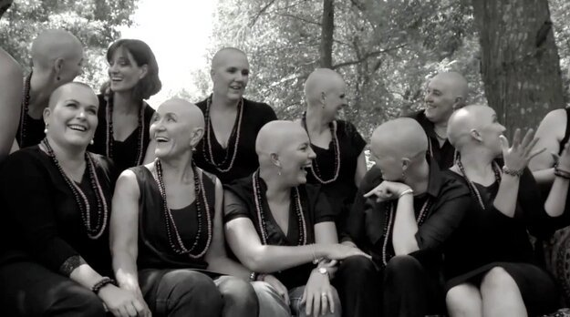 A Group Of Women Surprised Their Friend With Breast Cancer By Shaving