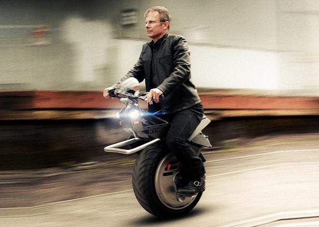Genius One-Wheeled Motorcycle