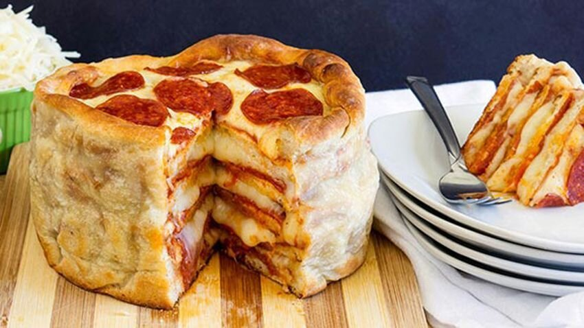 This Simple Recipe For Pepperoni Pizza Cake