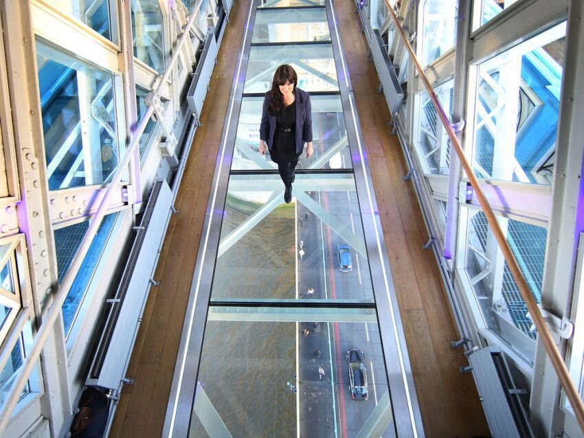 New Glass Flooring Across Tower Bridge's High-Level