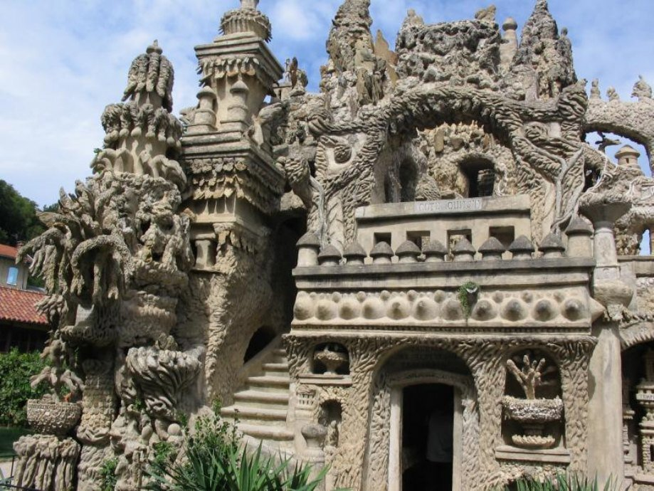 A postman spent 33 years building a palace for himself by hand