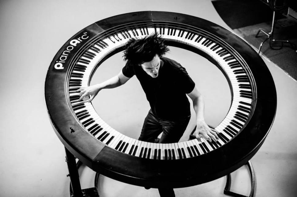 Keyboardist Invents A Circular Piano