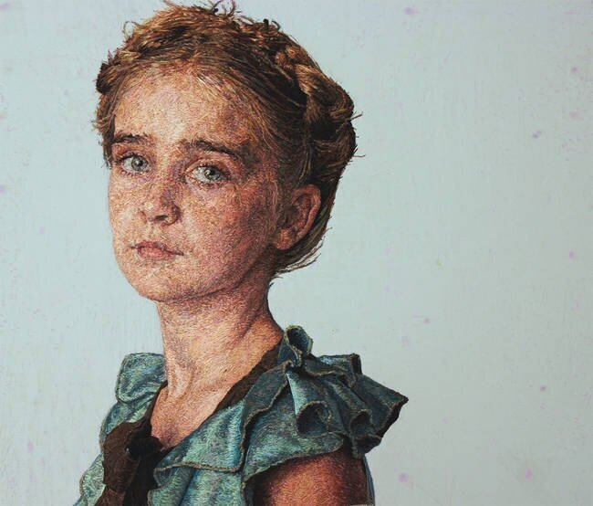 An Artist Makes Incredibly Realistic Portraits By Using Only Thread