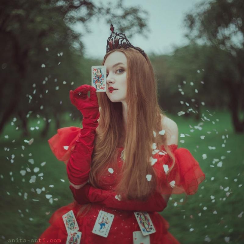 Ukrainian Photographer Brings Fairytales To Life