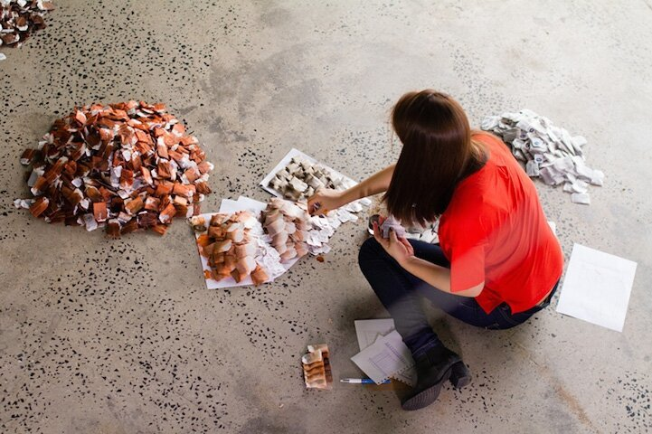 Incredible Portrait Comprised of 20,000 Tea Bags by Red Hong Yi