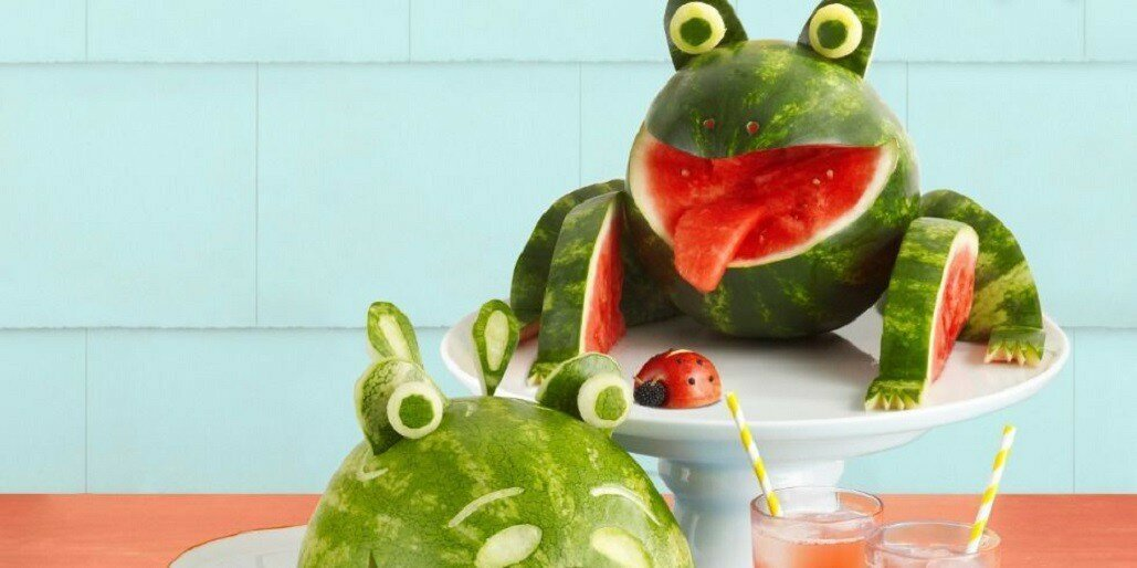 7 Amazing Watermelon Sculptures That Look Almost Too Good to Eat