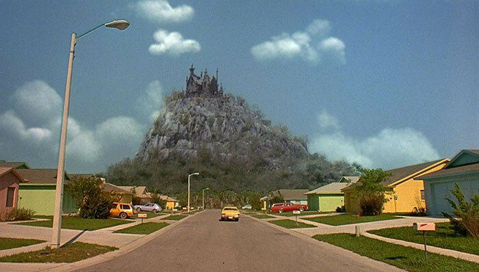"This Is What The ""Edward Scissorhands"" Neighborhood Looks Like"