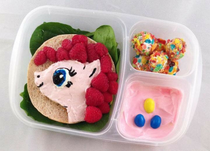 This Dad Makes The Most Incredible School Lunches For His Kids