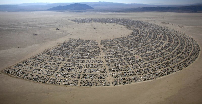 25 Of The Most Insane Pictures Ever Taken At Burning Man