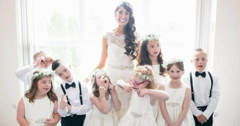 Special Ed Teacher Invites Entire Class To Her Wedding, And The Internet Falls In Love With Her