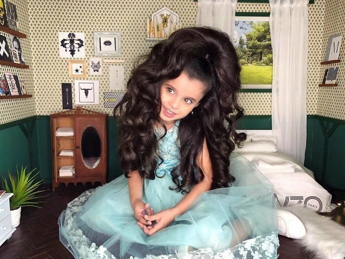 5-Year-Old Wins The Hearts Of 53k Instagram Followers With Her Huge Hair