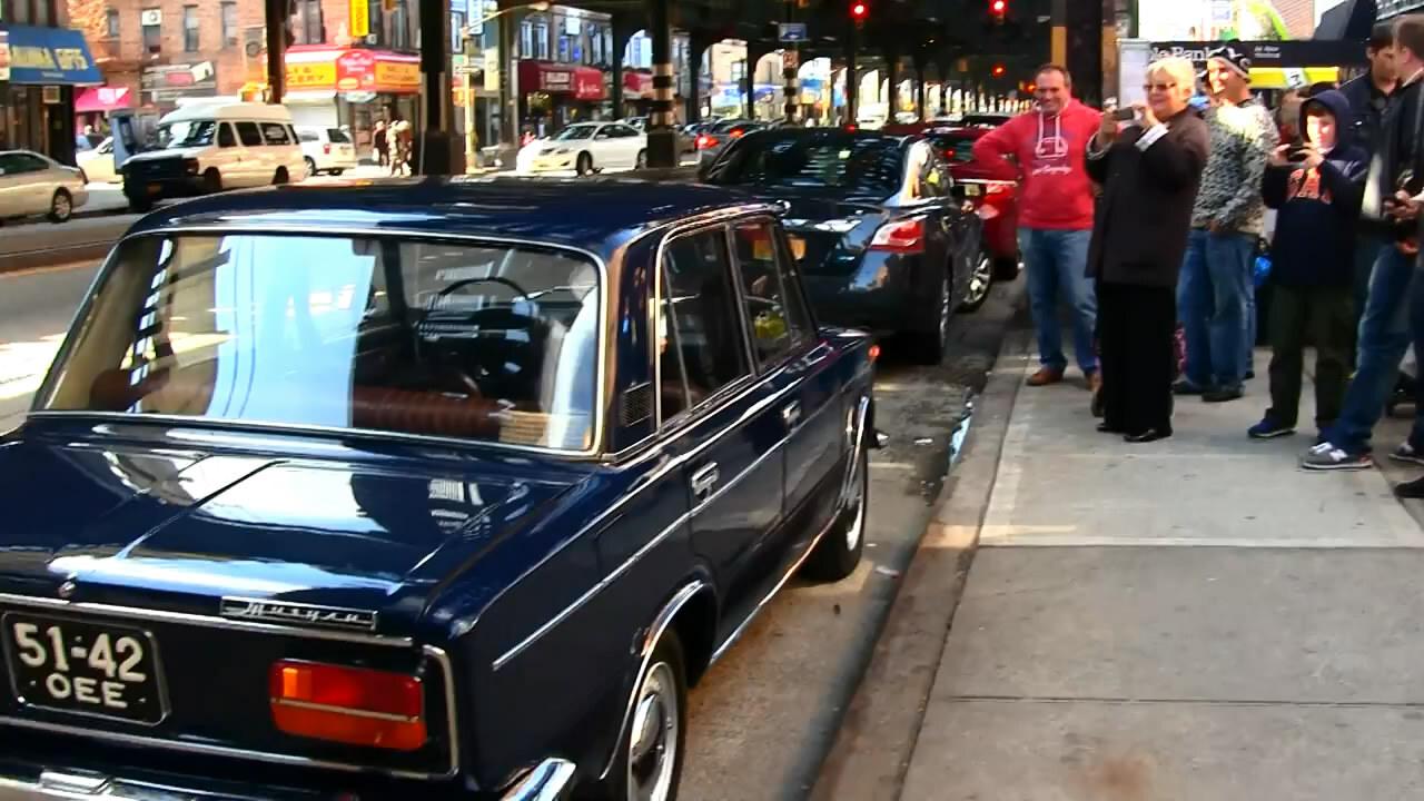 ВАЗ-21033 Жигули в Бруклине (Реакции людей)