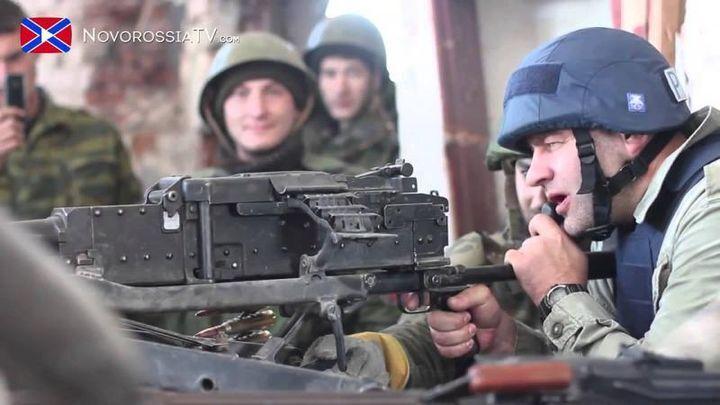 Михаил Пореченков в Донецком аэропорту с ополченцами