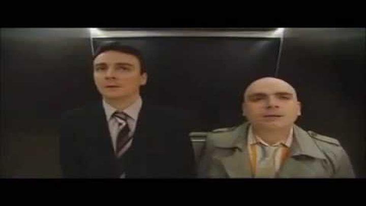 Технология и лифт (акцент)