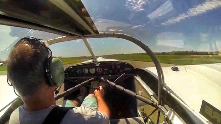 Когда отвалился пропеллер, этот пилот не запаниковал и смог посадить самолет