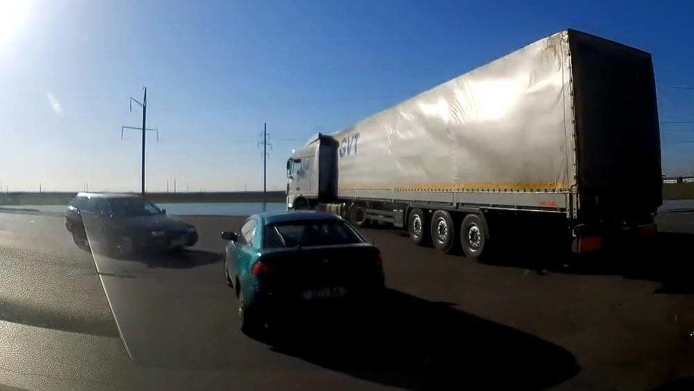 Про то,  как в Беларуси дальнобойщик лишился прав