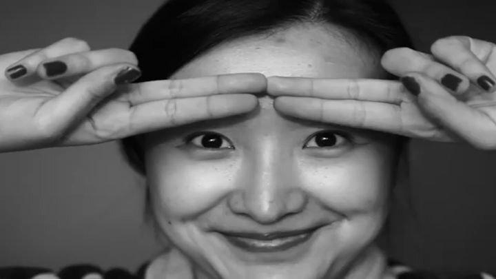 Мастерство грима и макияжа: китайский визажист превратила себя в Джонни Деппа