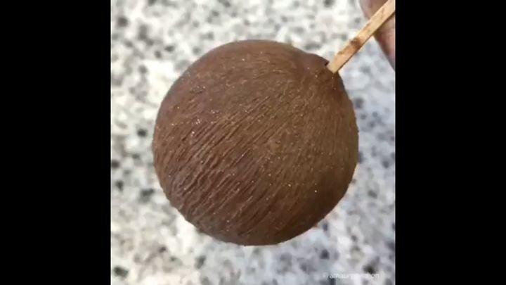 Как сделать кокос из ананаса