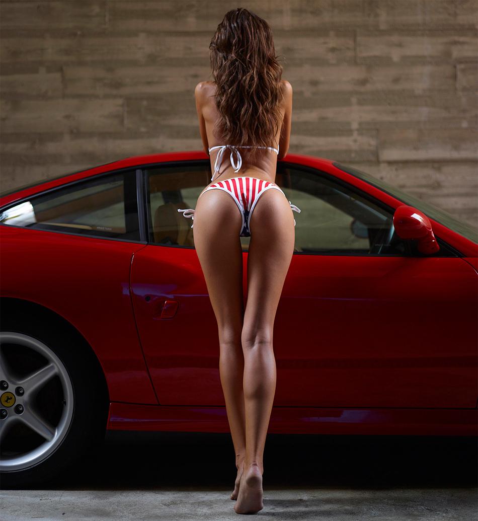Сексуальные девушки и красивые автомобили
